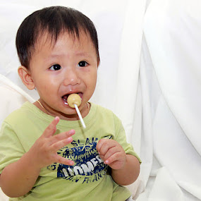 magic lolypop by Gedion Kristianto - Babies & Children Toddlers ( pwclollipop )