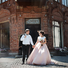 Wedding photographer Vlad Lisin (foxium). Photo of 31.08.2017
