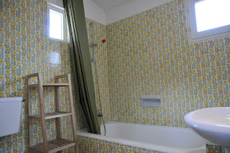 Photo: bathroom 2
