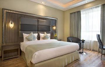 Blackstone Blubay Hotel