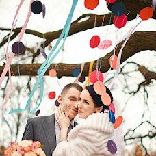 Wedding photographer Oksana Novosadova (Oks-FOX). Photo of 13.12.2012