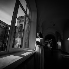 Wedding photographer Nikolay Struk (FotoIMAGE). Photo of 19.11.2016