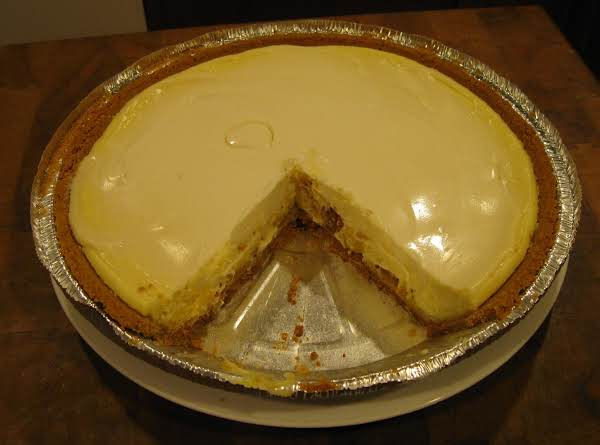 Sour Cream Cheesecake Pie Recipe