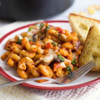 One Pot Vegetarian Chilli Mac