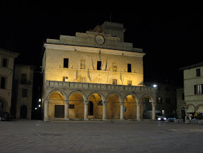 Photo: Town hall in Montefalco