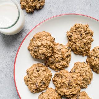 Gluten-Free Oatmeal Raisin Cookies (Dairy-Free, Refined Sugar-Free).