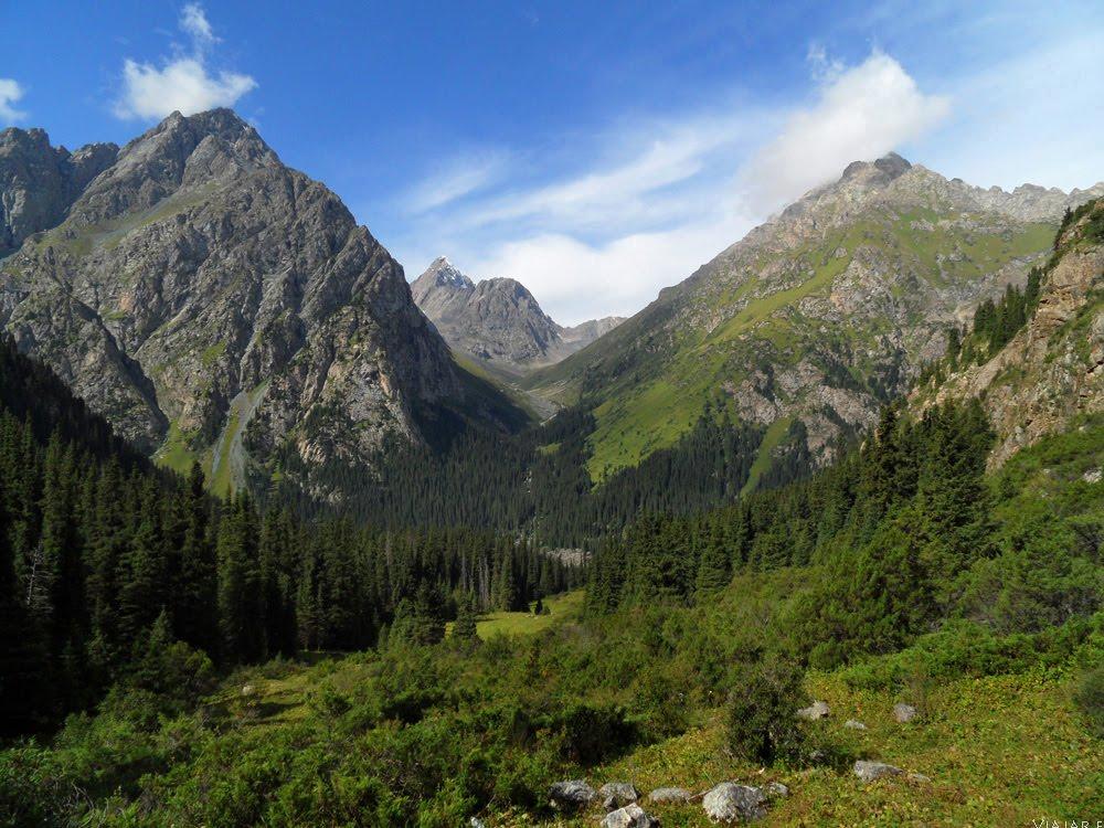 O trekking ALTYN ARASHAN, um dos mais belos trilhos do mundo | Quirguistão