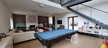 Maison meublée 8 pièces 257,08 m2