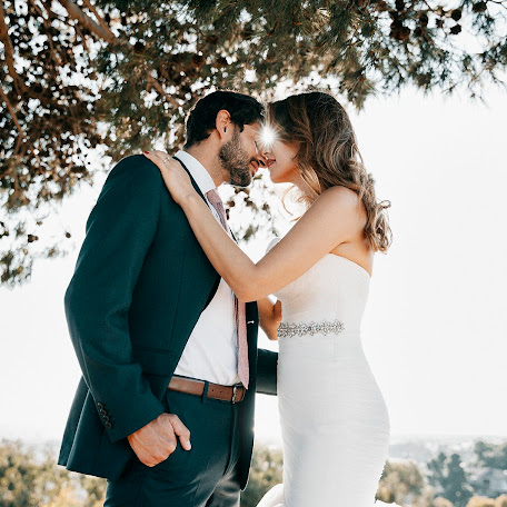 Wedding photographer José Karsaly garage (garagephotostud). Photo of 12.09.2017