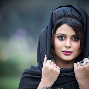RUPSHA by Red Photography - People Portraits of Women ( , best female portraiture )