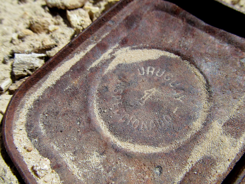 Photo: Old can stamped with Uruguay Inspeccionado 1