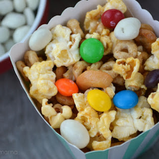 Honey Nut Popcorn Mix