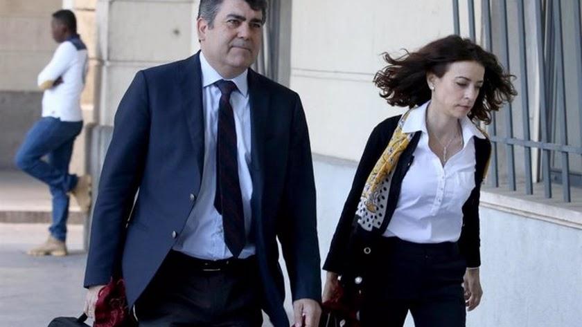 Lourdes Fuster será la sustituta de José Cara.