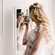 Wedding photographer Galina Antonyuk (antoniukphoto). Photo of 17.01.2019