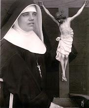 Photo: En su Primera Profesión, 14 de octubre de 1920