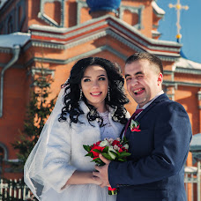 Wedding photographer Anna Gladkovskaya (annglad). Photo of 20.03.2017