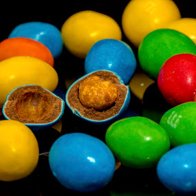 hatching by Paul Ortega - Artistic Objects Other Objects ( reflection, m&m's, candy, colors, hatching )