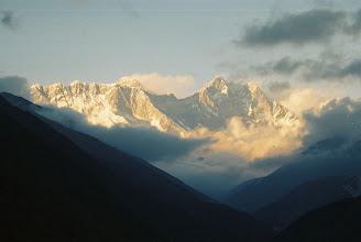 Photo: verest und Lhotse im Sonnenuntergang