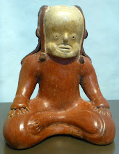 Photo: One of manu pre-Columbian figures in the museum to sit in the lotus position