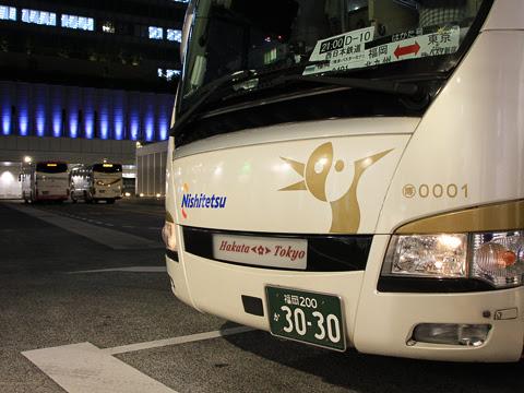 西鉄「はかた号」 0001 バスタ新宿改札中_02
