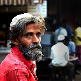 now my alms by Usman Irani - People Portraits of Men ( mumbai, beggar, waiting, alms, street, chor bazaar, old man, portrait,  )