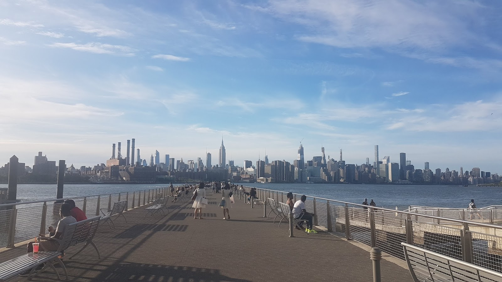 Picture of the Manhattan skyline.