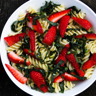 Strawberry and Kale Pasta Salad