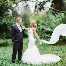 Wedding photographer Evgeniya Abrosimova (Photoestetica). Photo of 07.03.2017