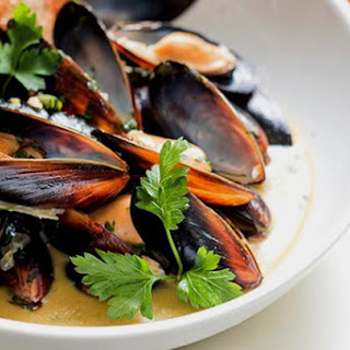 World's Best Mussels! Steamed in a Thai Curry-White Wine Sauce