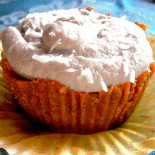 """Raw Carrot Cake Cupcakes with Sweet """"Cream Cheese"""" Frosting Recipe (Low Fat raw vegan)."""