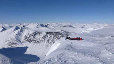 Photo: Planking in the Arctic