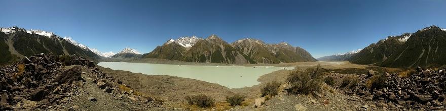 Photo: New Zealand, Southland, Mt Cook National Park, Tasman Glacier
