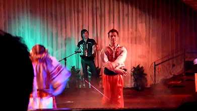 Photo: Beijing - TB dinner in russian restaurant Elephant, dance show, screenshots from video, traditional Russian clothes