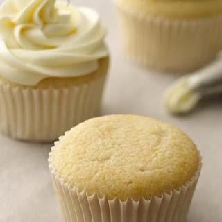 White Cupcakes With Filling Recipes.