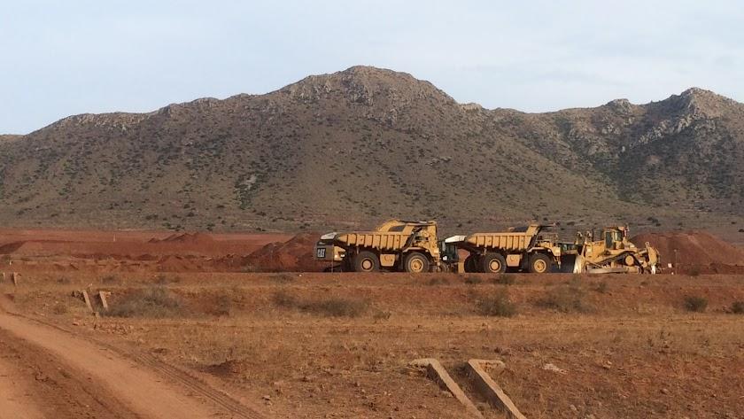 Piden paralizar la explanación de 260 hectáreas para regadío en Níjar