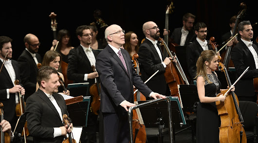 La OCAL recibió el 2019 cautivando a un repleto Auditorio Maestro Padilla