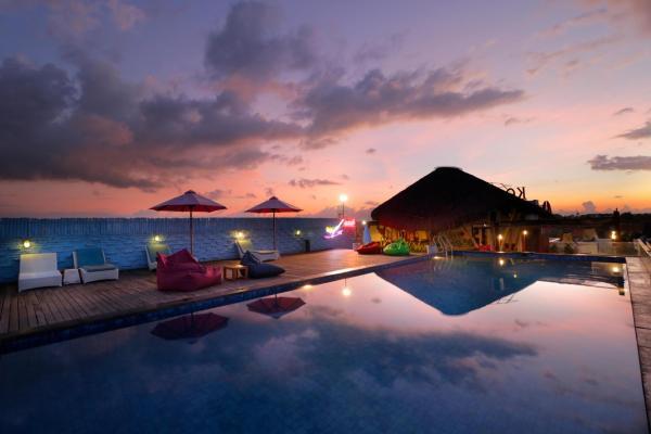KOA D'Surfer Bali - infinity pool