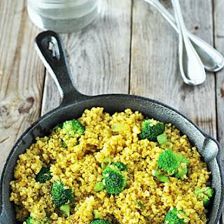 Curry Quinoa with Broccoli.