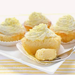 Lemon Magic Cake Cupcakes.