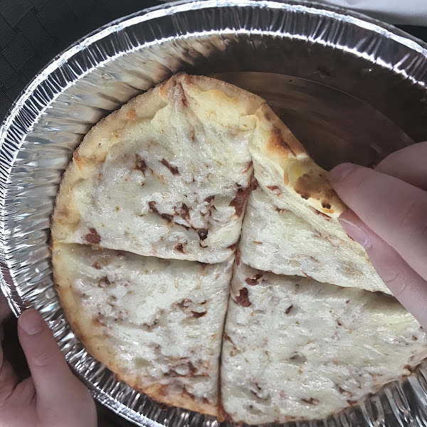 The pizza itself.