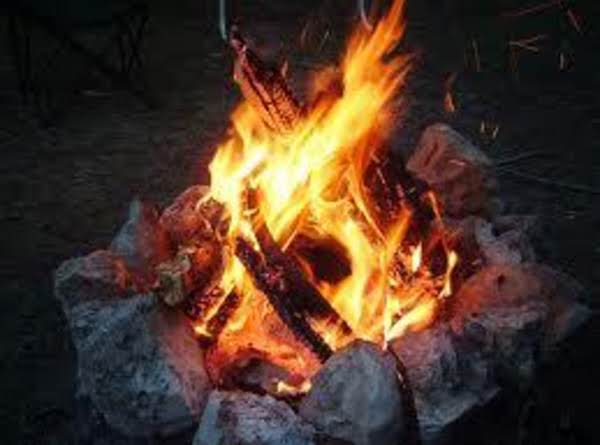 Easy Campfire Peach Cobbler