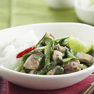 Thai Chicken with Asparagus and Basil.