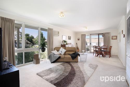Photo of property at 6 Hibiscus Way, Keysborough 3173