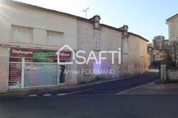 locaux professionels à Saint-Gelais (79)