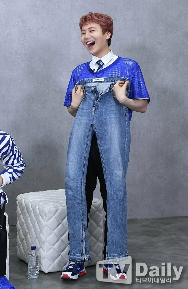 PENTAGON jinho w:wooseok's pants