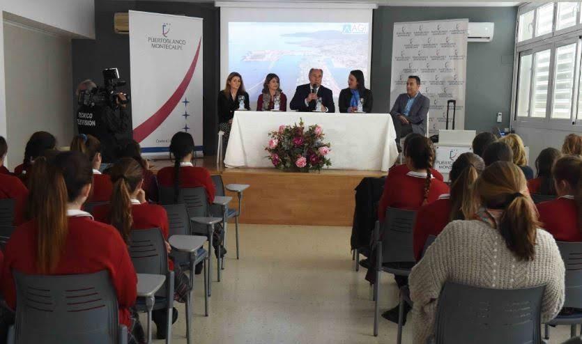 El alcalde participa en las jornadas de la AGI en el Colegio Puertoblanco