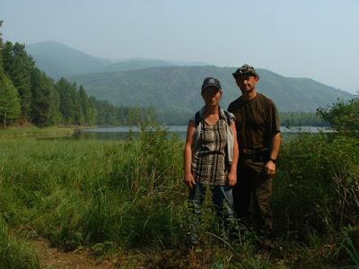 Erinnerung an das Camp 2005: Regina und ich am Frolicha-See.