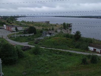 Wie schon im Jahr zuvor staunte ich über Breite der Kama, die ja nur ein Nebenfluss der Wolga ist.