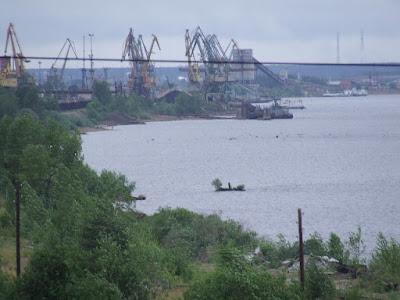 An der Kama liegt Perm, eine Industrie- und Binnenhafenstadt westlich vom Ural.