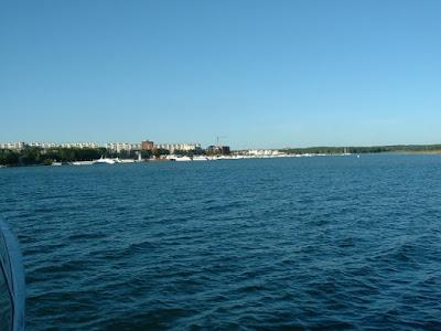 Der Passagierhafen von Irkutsk kommt in Sicht. Er liegt oberhalb der Angara-Staumauer.